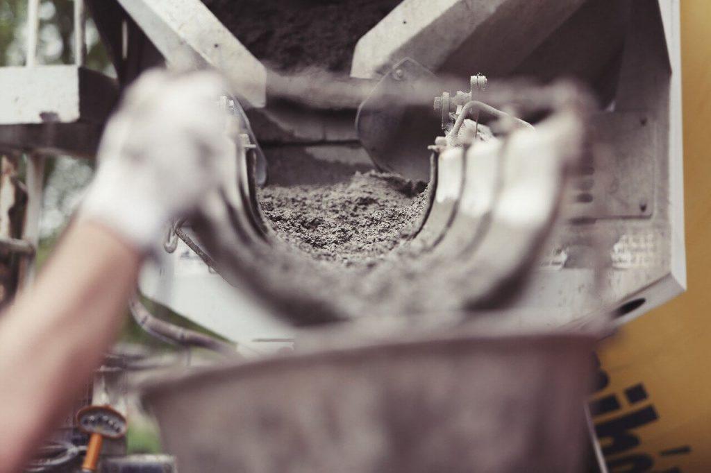 beton locsolása